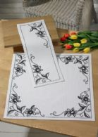 Vanilla Orchid Table Runner(Top)